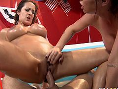 Bathroom threesome with Brandy Aniston, John Strong and Trina Michaels