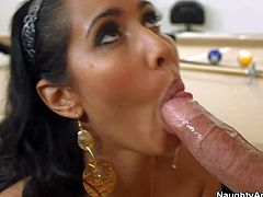Big meloned latina mom Isis Love gets it on
