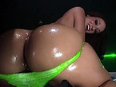 Jada Stevens has a big round ass and she wants to be nailed really hard today. However, her butt needs to be oiled up first of all to deliver double pleasure. So lets do this job