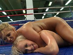 Linda Ray and Teena Dolly oil their bodies and fight on a ring. Then they get tired and decide to play some lesbian games.
