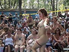 Sensuous Erotic Tinker gals dancing and teasing booty undressed inside public