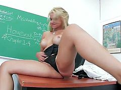 It would be more than great that every class has her as a teacher since there would be a lot of hard dicks, that is for sure. Sarah Vandella is one of the hottest blondes...