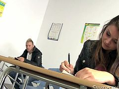 During a final exam, amorous dude finally lets his emotions out by hooking up with a mesmerizing brunette college student. He takes off her pants in order to kiss and lick her juicy ass.