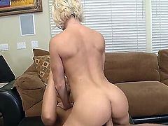 Diamond Foxxx is the perfect candidate for the fucked-up lecher Rocco Reed who cant hold himself from banging this fair-haired babe really hard. He badly needs her pussy.