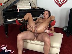 This slut's asshole is going to be opened wide thanks to this guy's dick and fist, as she takes it all in the ass. Except the cum, that goes right to her face.