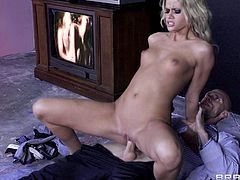 Cock-swallowing beauty Jessa Rhodes being impaled by Johnny Sins in her asshole with hardcore force