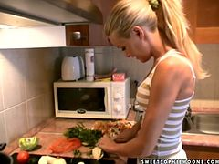 Charming blonde Sophie Moone is having fun in the kitchen. She cooks omelette and tells about her job and life.