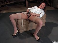 See how this slutty brunette works up a really good sweat in this great video as she's fucked by a machine.