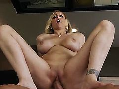 Young hunk Danny Mountain receives deep pleasure from horny milf Julia Ann
