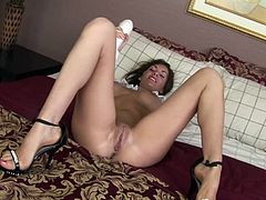 Watch as Brandi Edward shoves a massive foot long dildo inside her cunt. The dildo is almost as wide as it is long. She warms up by playing with her pussy for you. He vagina is nice and loose for you to fuck now.