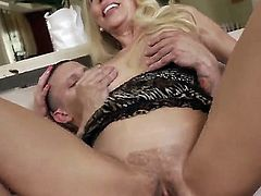 Blonde beauty Erica Lauren likes having hunk Mr. Pete fucking her brains out