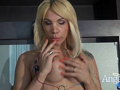 Angeles cids plays with her cock for you