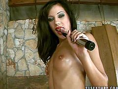 Skinny brunette Anita Pearl with long legs and perky tits shows off her slender body and finger fuck her dripping wet pussy before she takes dildo. Watch passionate dark haired slim babe play with herself.