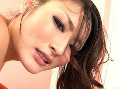 Risa Murakami gets her snatch fingered and rubbed with some special lubricant