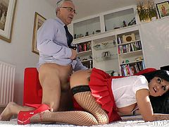 This gorgeous British brunette in short red skirt and stockings can easily please a man in a flash. Appetizing booty hooker sucks a dick for cum passionately and gets ready for being fucked doggy right on the floor. Check her out in Jim Slip sex clip to jizz at once.