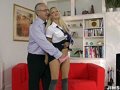 This hot busty blondie presented in Jim Slip sex clip is hot like hell. Slim nympho with sweet boobs and appetizing rounded butt seduces a grey haired bastard for getting her juicy pussy eaten.
