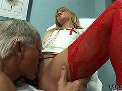This juicy and super hot blond siren Zorah White is so fucking sexy. She is a nurse that loves staying after work to fuck her patient.