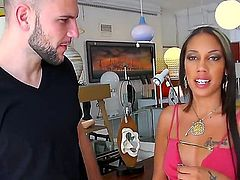 Real video about professional pick-up! Jmac is a handsome guy, who knows how to impress girls. Sexy bitch Lilah Stello wasnt ready to have sex with a stranger, but he was so cool!