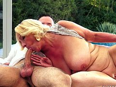 Kinky granny gets her old pussy licked. After that she gives a blowjob and gets fucked doggystyle. She also licks guy's ass and gets a facial.
