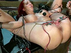 See the vaginal and anal toying Kelly Divine is getting in this video and how Bobbi Starr dominates and tortures her with some electrical devices.