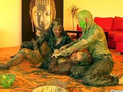 Well, you'll be just shocked and surely impressed with these bitchie artists in Tainster sex clip. Sluts wanna make an exhibition but can't decide where. So slim brunettes with nice tits start fighting. Being covered with green paint dirty chicks jam tits, grab necks and pull hair. Gosh, I can watch this severe catfight over and over again.