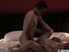See the vicious blonde mature slut Tamara making out with a young stud in the bathtub before he pounds her shaved slit into a massive orgasm.