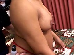 She got a lot of jizz and cock in her pussy and now the brunette cunt Ravin is pregnant and has a big, sexy belly. Joe loves these horny pregos and seeing this one acting like a whore he begins to lick her belly and make her insanely horny. Ravin repays him with a mean cock suck and wishes all his cum