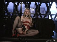 Slutty Nina Hartley enjoys deep fingering her warm cunt in amazing solo action