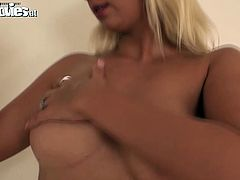 Blond babe is having gorgeous body shape with big natural boobs. She strips seductively demonstrating her killer body. Blondie hoe rubs her body with oil teasing me as hell. Later she puts on latex costume that wraps her body tight.