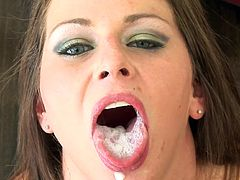 After deepthroating and gagging like sluts, hot Rachel Roxxx receives huge load in her mouth