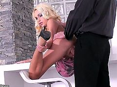 Blonde Erica Fontes makes man happy by eating his dick
