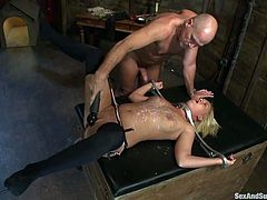 Sexy Sasha Knox is playing filthy games with Mark Davis. The dude ties the blondie up and makes her lick his asshole before he drives his dick in her vag and fucks it hard.