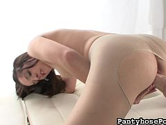 Having huge fucking machine pounding her pink pussy makes her to moan loud