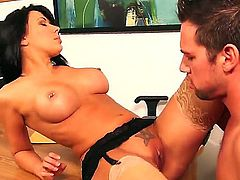 Johnny Castle is horny as hell and cant wait no more to drill Hot blooded minx Rachel Starr