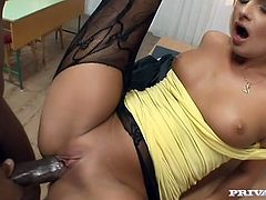 Sexy blonde bitch Ivana Sugar is having fun with a black guy indoors. She plays with his hard black sausage and then welcomes it in her awesome ass.
