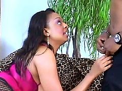Carmen Hayes cant live a day without toying her beaver
