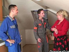 Watch these two Two repairmen come and deal with the device, and soon they have to deal with the old momma revealing her sizeable rack, That's her way of saying thanks and she open her legs for them to enjoy.Don't miss it!
