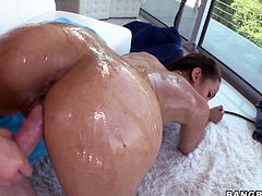 She has a big hot booty and that oil makes it even hotter! This bitch is craving for cock and semen in her so the guy oils her ass and plays with it before inserting his massive dick inside her pussy. Yeah she's getting fucked really hard and receives a lot of semen in her vagina. Now she wants some in her mouth!