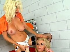 Blonde Phoenix Marie with big knockers cant keep her fingers off Puma Swedes beaver