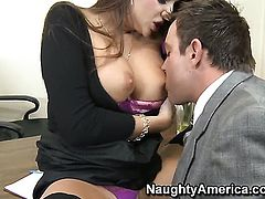 Nika Noir gets turned on then pounded by Will Powers