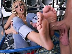 Blonde Breanne Benson drops on her knees to take guys pole in her mouth