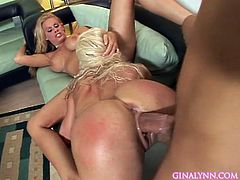 Horny blonde babes are having one cock pounding them both in kinky threesome