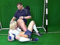 Blonde chick Kassey Krystal gives a head to pretty soccer player. She is standing on knees and giving unforgettable fellatio before getting sperm in mouth and swallowing it.