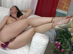 Jessica Fiorentino is a lovely naked babe with with well shaped juicy ass and hairy snatch. She shows her assets and fucks her holes with dildo. She takes dildo in the ass after drilling her muff.