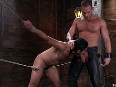 Gay bondage sex with a couple of ripped studs, hit play and check it out right here. If you like bondage, and you like it gay, knock yourself out!