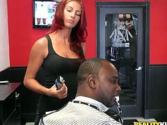 There are two different situations in this reality porn video. First girls suck and fuck a big black cock and then a blonde deepthroats and rides cock in the hairdresser's!
