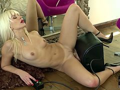 Kinky blond bitch having killer body masturbates on cam using sex machine. She rides artificial dick in front of the mirror looking at her reflection. It turns her on like nothing else in this world. Extremely arousing porn video presented by DDF Network.