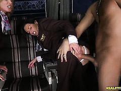 Voodoo bangs lustful Veronica Avluvs beautiful face with his meat pole before anal hole fucking