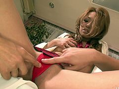 Sizzling Japanese babe gets her cunt fingered by kinky dude