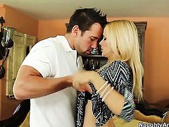 Johnny Castle pops out his schlong to fuck hot Payton Leighs fuck hole